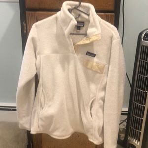 Patagonia re-tool fleece in white